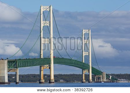 Big Mackinac Bridge