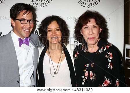"LOS ANGELES - JUL 16:  Dan Bucatinsky, Sara Gilbert, Lily Tomlin arrives at  ""An Evening With Web Therapy: The Craze Continues..."" at the Paley Center for Media on July 16, 2013 in Beverly Hills, CA"