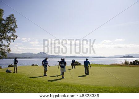 LOCH LOMOND, ESCÓCIA - 10 DE JULHO DE 2009; Loch Lomond Escócia; Marcus Fraser (AUS) colocar o 7 gr