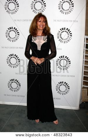 LOS ANGELES - JUL 16:  Kathy Lennon arrives at