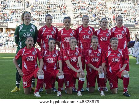 MADRID, SPAIN. 16/05/2010.  Potsdam players prior to the Women's Champions League final  played in the Coliseum Alfonso Perez, Getafe, Madrid.