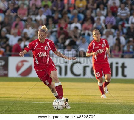 MADRID, SPAIN. 16/05/2010. Potsdam's FW Anja Mittag in action during the Women's Champions League final  played in the Coliseum Alfonso Perez, Getafe, Madrid.