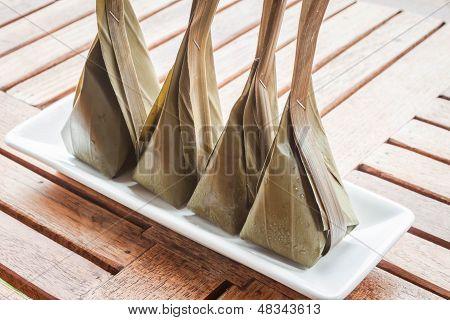 Postre de harina al vapor con relleno de coco