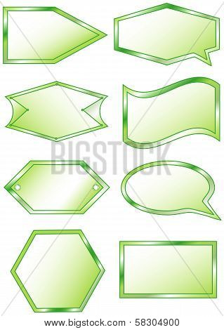 Set of 8 green labels