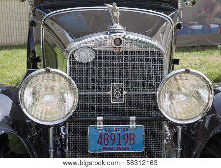 1929 Black Cadillac Grill