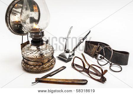 Lamp And Razor