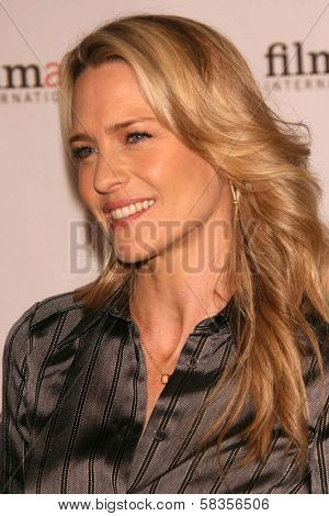 Robin Wright Penn at the Glamour Reel Moments Short Film Series presented by Cartier. Directors Guild of America, Los Angeles, CA. 10-16-06