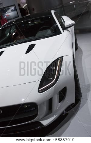 Detroit - January 26 :the New 2015 Jaguar F-type At The North American International Auto Show Janua