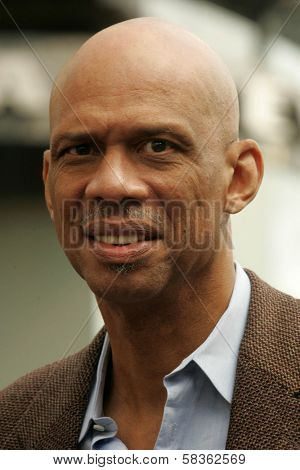 Kareem Abdul-Jabbar at the Ceremony Honoring Los Angeles Lakers Owner Jerry Buss with the 2,323rd star on the Hollywood Walk of Fame. Hollywood Boulevard, Hollywood, CA. 10-30-06