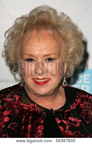 Doris Roberts at the Peace Over Violence 35th Annual Humanitarian Awards. Beverly Hills Hotel, Beverly Hills, CA. 10-27-06