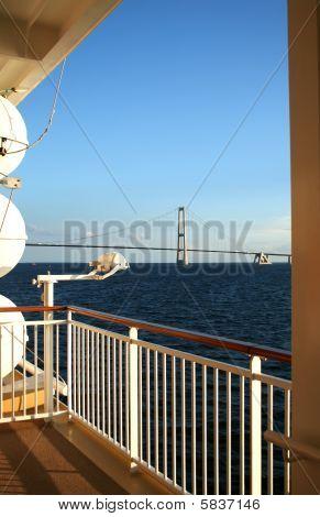 Cruise Ship & Suspension Bridge