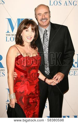 Robin McGraw and Dr. Phil McGraw at The Museum of Television & Radio's Annual Los Angeles Gala. Regent Beverly Wilshire Hotel, Beverly Hills, CA. 10-30-06