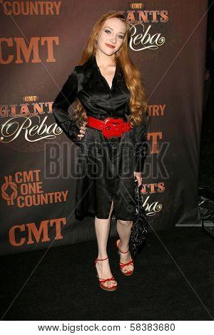Scarlett Pomers at the CMT Giants honoring Reba McEntire. Kodak Theatre, Hollywood, CA. 10-26-06