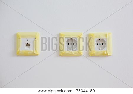 Masking And Protecting Power Sockets