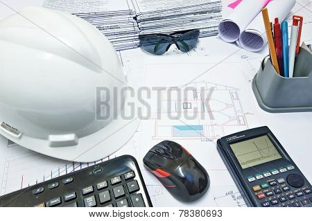 Engineer's Working Desk