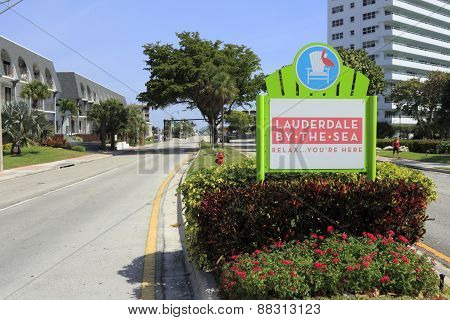 Lauderdale-by-the-sea, Florida Entry Sign