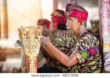 BALI, INDONESIA, DECEMBER, 24,2014: Unidentified group musicians play traditional Balinese music for Barong Dance show,  the traditional Balinese performance on December 24, 2014 in Bali, Indonesia