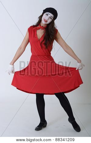 the girl is MIME in a red dress and take Chen smiles