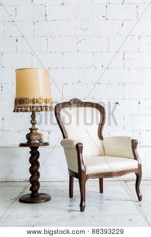 White Vintage retro style Chair with lamp