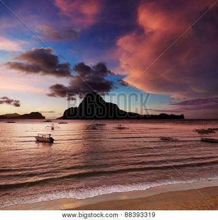 El Nido bay and Cadlao island at sunset, Palawan, Philippines
