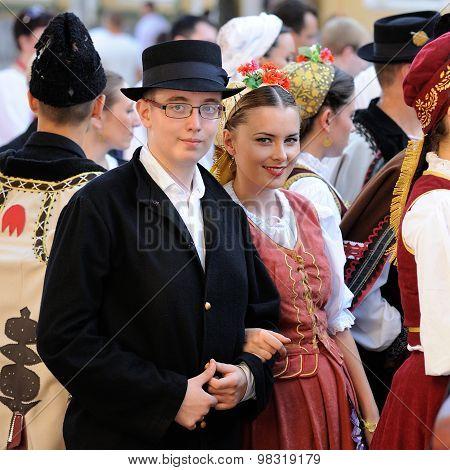 Orel, Russia, August 4, 2015: Orlovskaya Mozaika Folk Festival, Man And Woman In Traditional Serbian