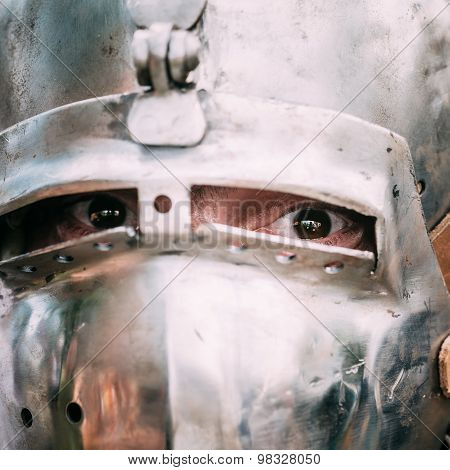 Historical restoration of knightly fights on festival of medieval culture