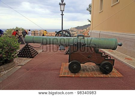 Cannon And Cannon Balls Near Royal Palace,monaco