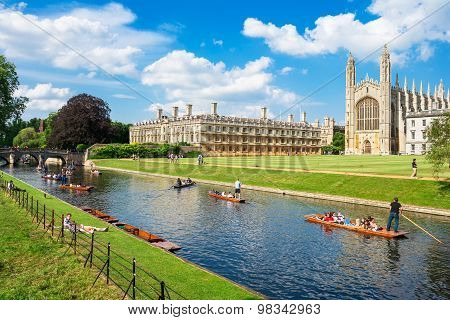 Tourists Near Kings College In Cambridge University, England