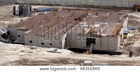 Construction of an apartment house