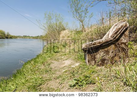 Comfortable Place To Rest On The River