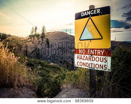 Cliff Danger Sign