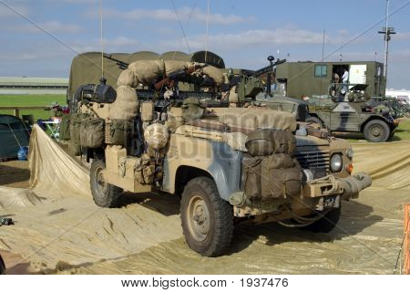 Army Special Forces Land Rover