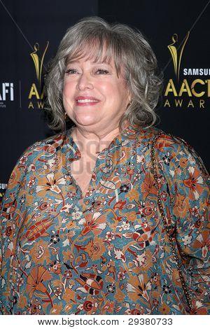 LOS ANGELES - JAN 27:  Kathy Bates arrives at the AUSTRALIAN ACADEMY INTERNATIONAL AWARDS at Soho House on January 27, 2012 in West Hollywood, CA