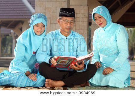 Muslin Family