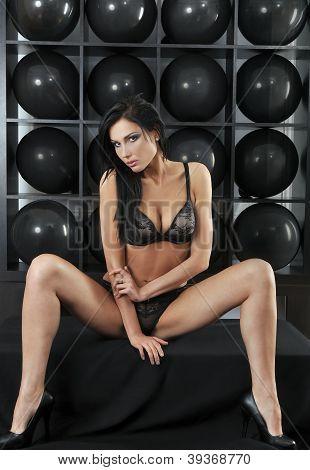 model making wide open legs pose