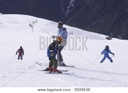 Child Ski Vacation In Alpes