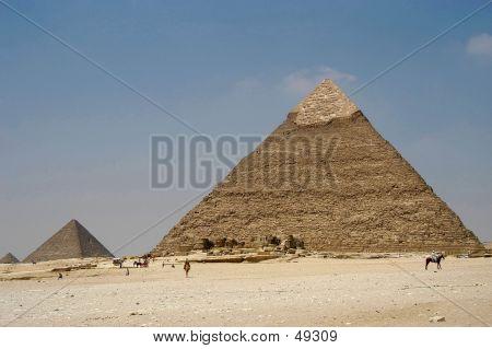 Giseh Pyramids