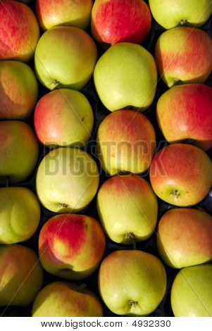 Fruit, Apples
