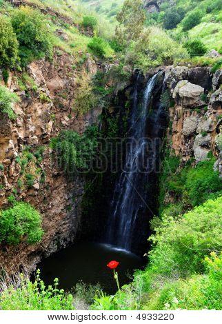 Waterfall Gilbon