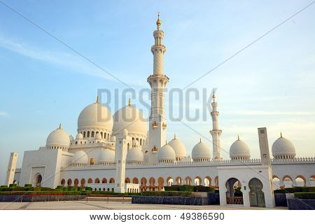 Sheikh Zayed Mosque or called Grand Mosque in Abu Dhabi, United Arab Emirates