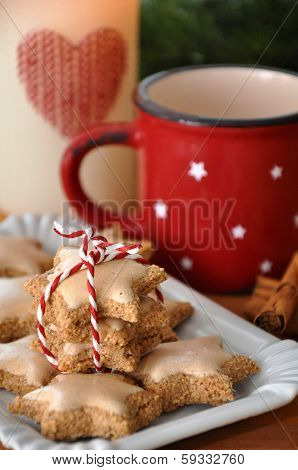 fresh cinnamon star cookies for christmas