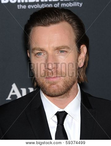 LOS ANGELES - DEC 16:  Ewan McGregor arrives to the