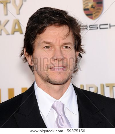 LOS ANGELES - JAN 16:  Mark Wahlberg arrives to the Critics' Choice Movie Awards 2014  on January 16, 2014 in Santa Monica, CA