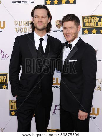 LOS ANGELES - JAN 16:  Jared Padalecki & Jensen Ackles arrives to the Critics' Choice Movie Awards 2014  on January 16, 2014 in Santa Monica, CA