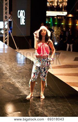 Fashion Show For Nancy Naguib Model 02