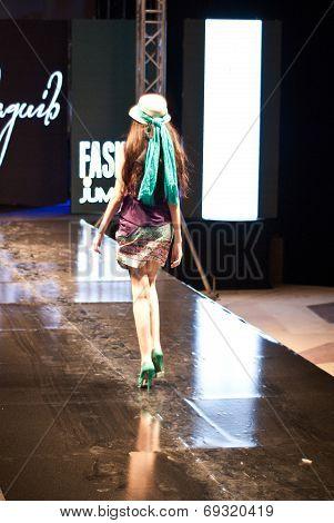 Fashion Show For Nancy Naguib Model 08 (back)