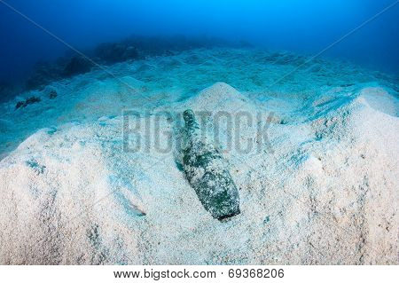 Manmade Pollution - Garbage On The Seafloor