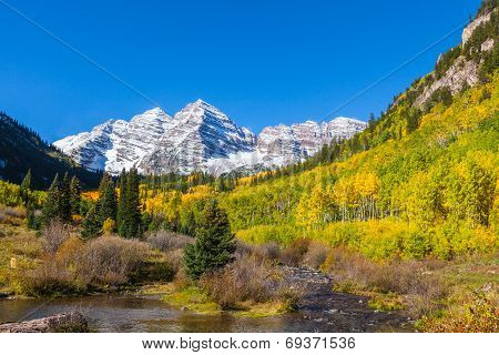 Autumn at Maroon Bells