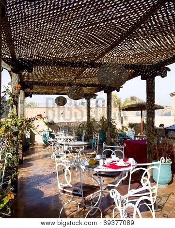 Breakfast on an open verandah in riad