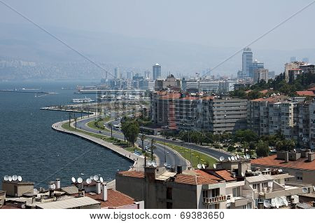 Izmir cityscape from historical elevator